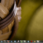 How to hide your desktop icons in Windows (including a fast-track)